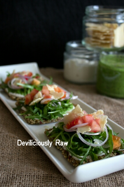 RawVegan Pizza Crackers