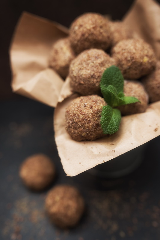 Spiced Persimmon Balls (raw, GF, vegan)