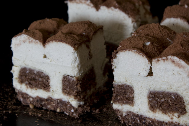 Vegan Tiramisu Cake by Deviliciously Raw