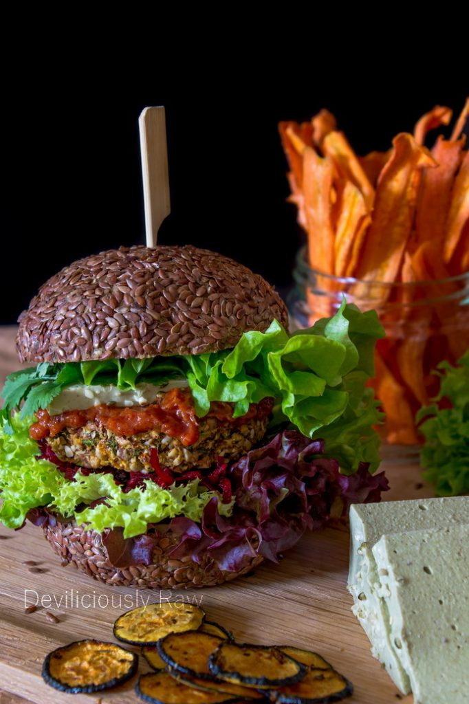 #raw #vegan Veggie Burger from Deviliciously Raw