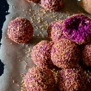#raw #vegan Blackberry Beet Bliss Balls from Deviliciously Raw