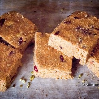 #raw #vegan Carrot Cake Squares from Deviliciously Raw