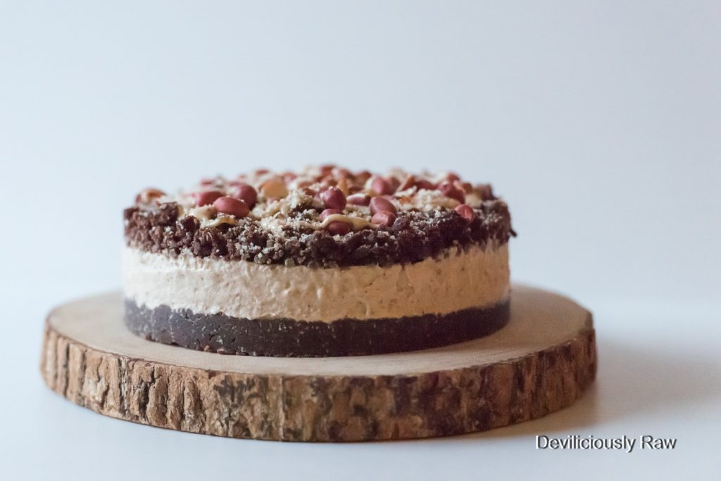 #raw #vegan Salted Caramel and Peanut Ice Cream Cake from Deviliciously Raw