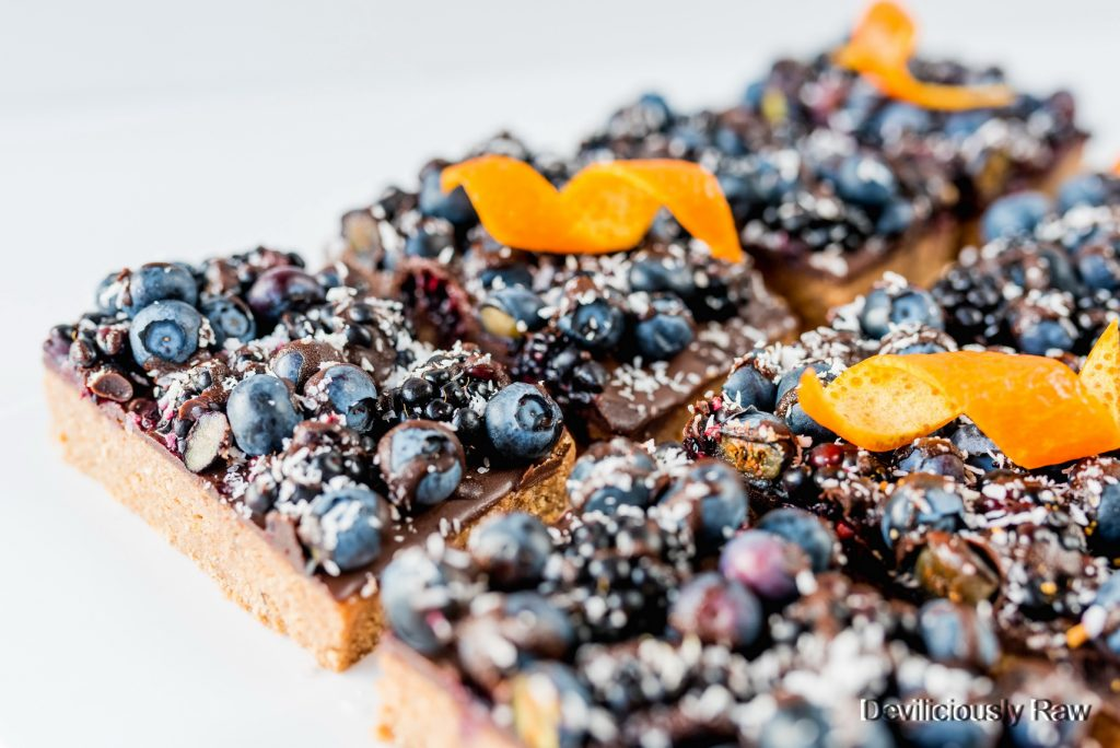 #raw #vegan Orange and Blueberry Shortbread Slices from Deviliciously Raw