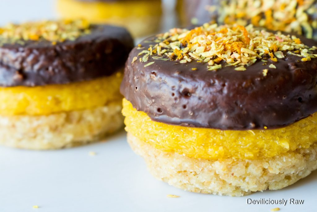 #raw #vegan Jaffa Cakes from Deviliciously Raw