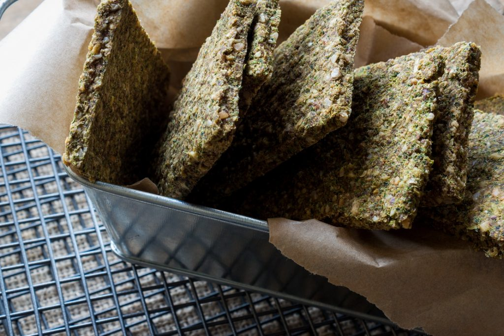 #raw #vegan Broccoli Flatbread | Deviliciously Raw