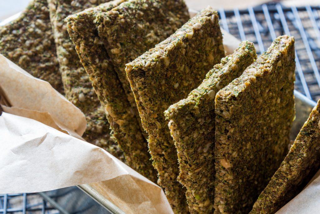 #raw #vegan Broccoli Flatbread | Deviliciously Raw