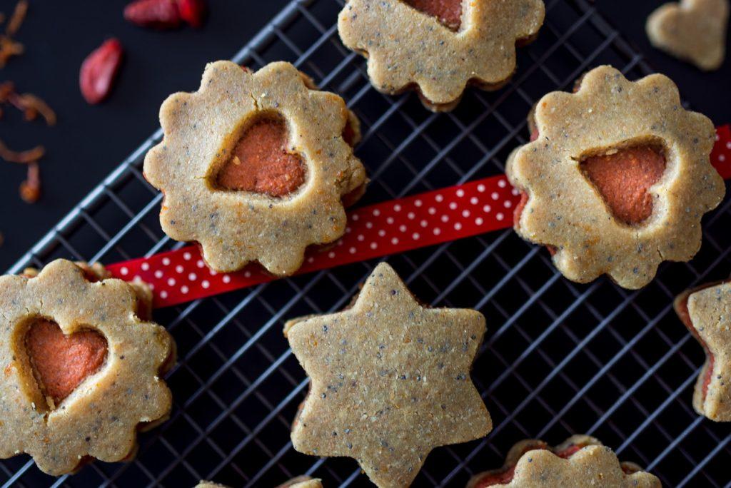 #raw #vegan Linzer Cookies | Deviliciously Raw