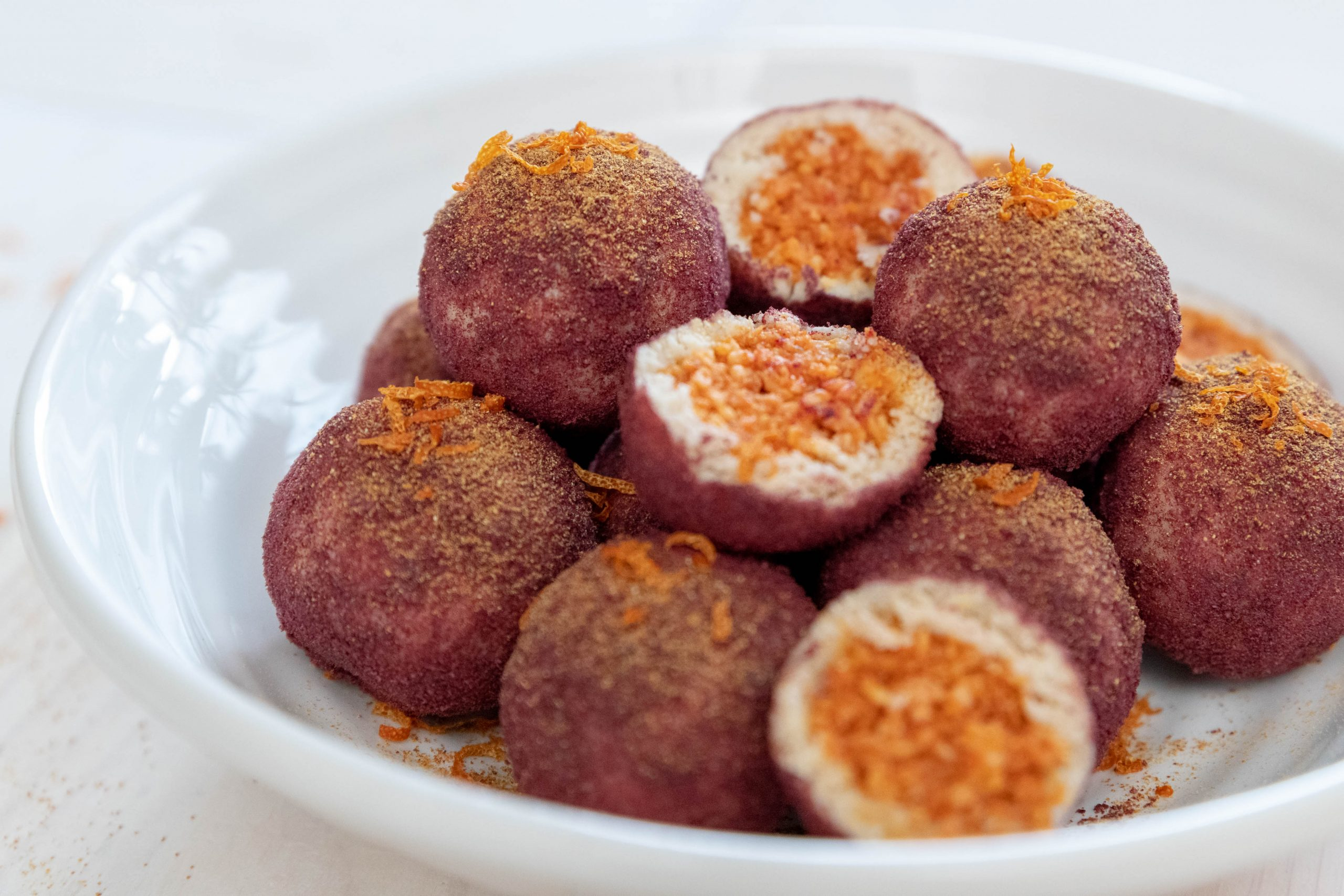 Delicious energy balls flavored with Goji berries.